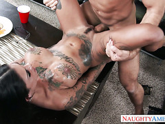 Super horny inked hoe Bonnie Rotten fucks like a sex demon