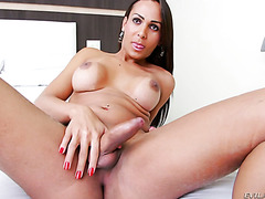 Teasing action by voluptuous Brazilian shemale Lauany Bittencourt