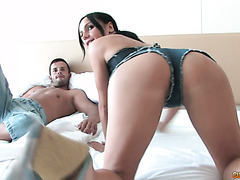 Cock hungry Leyla Black jiggles her ass and takes proper anal fucking