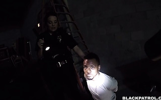 Big ass police chicks fuck black fella in a warehouse and let him go