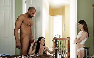 18 y.o. Alice March joins stepmom India Summer and her stepdaddy