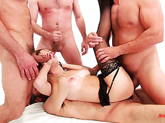 DP session with beautiful Savannah Fyre and six dudes with huge cocks