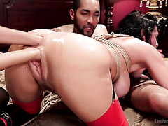 Shuddering squirting during bizarre fisting and interracial 3some with Veronica Avluv and Janice Griffith