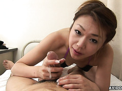 Hirota Sakura blows off an Asian dude while getting toyed