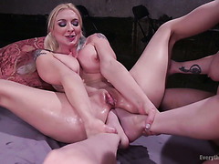 Unbelievable double foot fisting for super voluptuous MILF Leya falcon