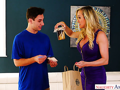 Experienced cougar Brandi Love fucks shy delivery boy