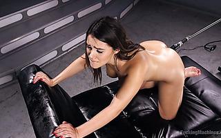 Bombshell from Italy Valentina Nappi is boned by fucking machine