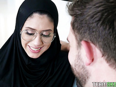 Hijab covered Angel Del Rey does anal to keep her cherry for marriage