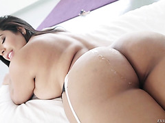 Sheila Ortega gets her big Venezuelan booty cum coated