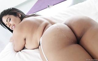 Sheila Ortega gets her big Venezuelan booty cum coated