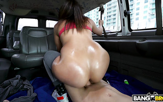 Valentina Jewels rocks the bangbus with her big Latina booty