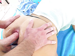 Audrey Aguilera gets her 18 yo Latina shitter doggystyled