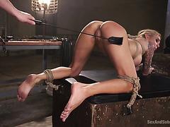 Full package Sarah Jessie enjoys brutal BDSM fuck
