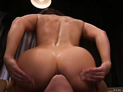 Bored MILF Lea Lexis sits on the face of stranger in movie theater