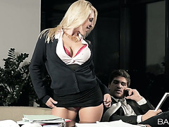 Curvy Victoria Summers fucks her business partner in an office
