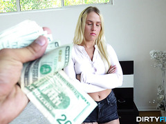 Layla Love, legit PAWG, makes it bounce on stranger's dick for cash - POV
