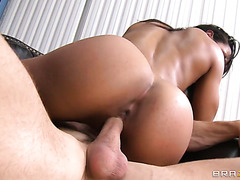 Hunky and buff dude pounds exotic fitness trainer Sophia Fiore