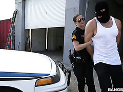 Policewoman Molly Jane let a criminal in mask go for good pussy fuck