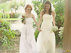 Just married lesbians Dolly and Kymberlee have first wedding night