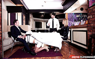 One and only Anissa Kate makes him cheat on his wife during the date
