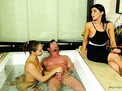 Cuckquean Romi Rain treats her hubby with young masseuse Sara Luvv