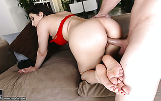 Foot fetishist can't gets a mouthful of Valentina Nappi's terrific feet