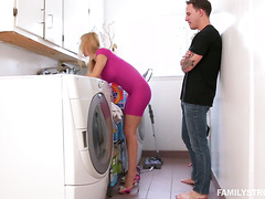 Hardcore quickie in the laundry room with mature stepmom Alexis Fawx