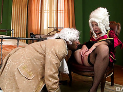 18 century cosplay with fair lady getting her ass smashed by black servant