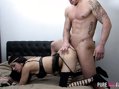 Voluptuous Spanish diva Julia De Lucia handles hard fucking