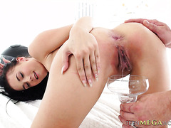 18 y.o. Nicole Love drinks cum out of glass after hard fucking